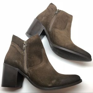 Steve Madden • Pierce Olive Suede Boots new 10
